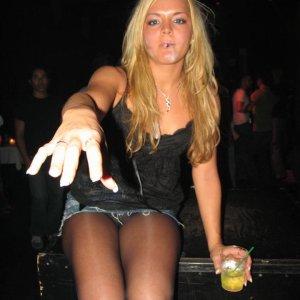 blondezora