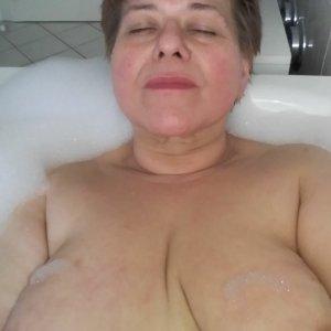 Frau_Neu_Gier aus Buochs