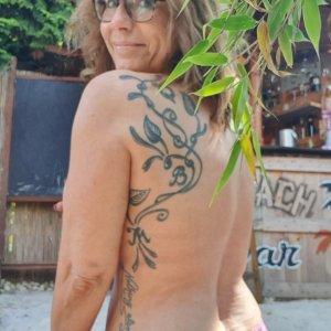 Shakkura aus Algetshausen sucht ein Date