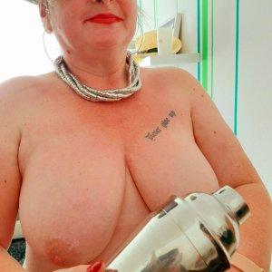 Frauenkontakte wie Via_jera online finden und kennenlernen