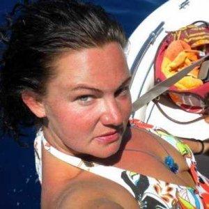 Frauenkontakte wie Juttari online finden und kennenlernen