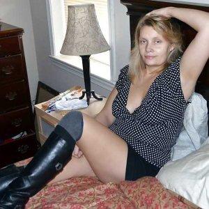 Frauenkontakte wie Florame online finden und kennenlernen