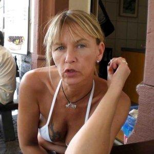 Fickkontaktanzeigen wie k.Louisa umsonst ansehen und kontaktieren