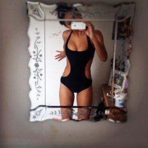 Anja-RebeccaWellie