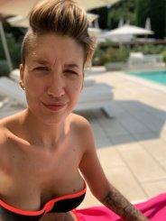 Teen Wolkerosa ficken - Junge Frauenkontakte kennenlernen