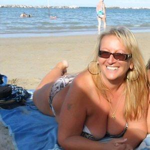 Frauendates mit Frauen wie siriloco finden