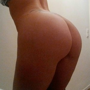 sexwillige Frauen l-a-i-l-a666 kennenlernen