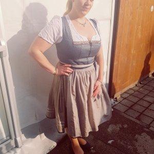 Mona.Kay aus München