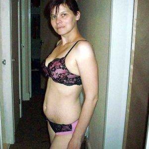 sexwillige Frauen wie Namarage kennenlernen