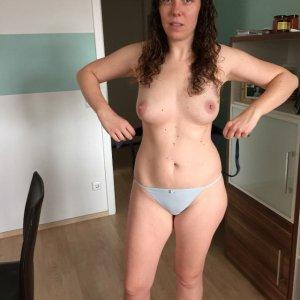 sexwillige Frauen Nina.69 kennenlernen