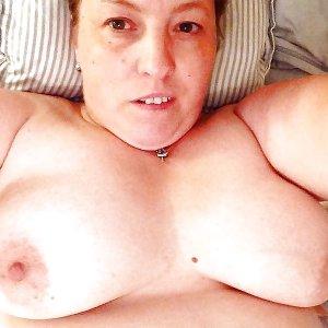 sexwillige Frauen b_o_n_n_i_e_l kennenlernen