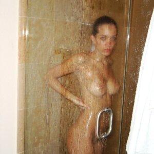 Naked Dating Kandidatin MystiqueOne