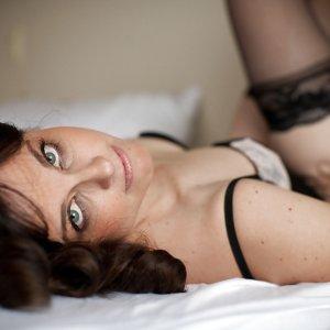 Geile Sexdates mit e.l.y.s.e verabreden