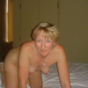 VIPBlondi - ich brauche jetzt sofort Sex
