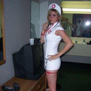 Horny_nurse_0318