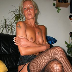 angelique1985