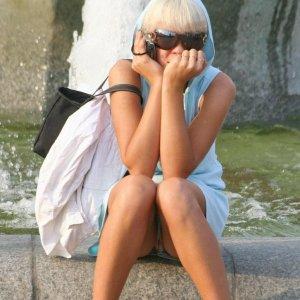 blonde-zicke